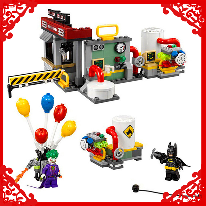 LEPIN 07048 Super Heroes Batman Joker Balloon Building Block 124Pcs DIY Educational  Toys For Children Compatible Legoe batman super heroes mini avenger figures villains joker beetle black manta movie building block toy compatible with legoe pg080