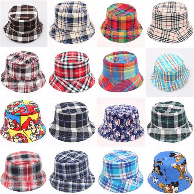 3a59ea76d2667 Tamaño libre de lona de algodón de los niños del bebé tartan plaid rayas  cubo sombreros