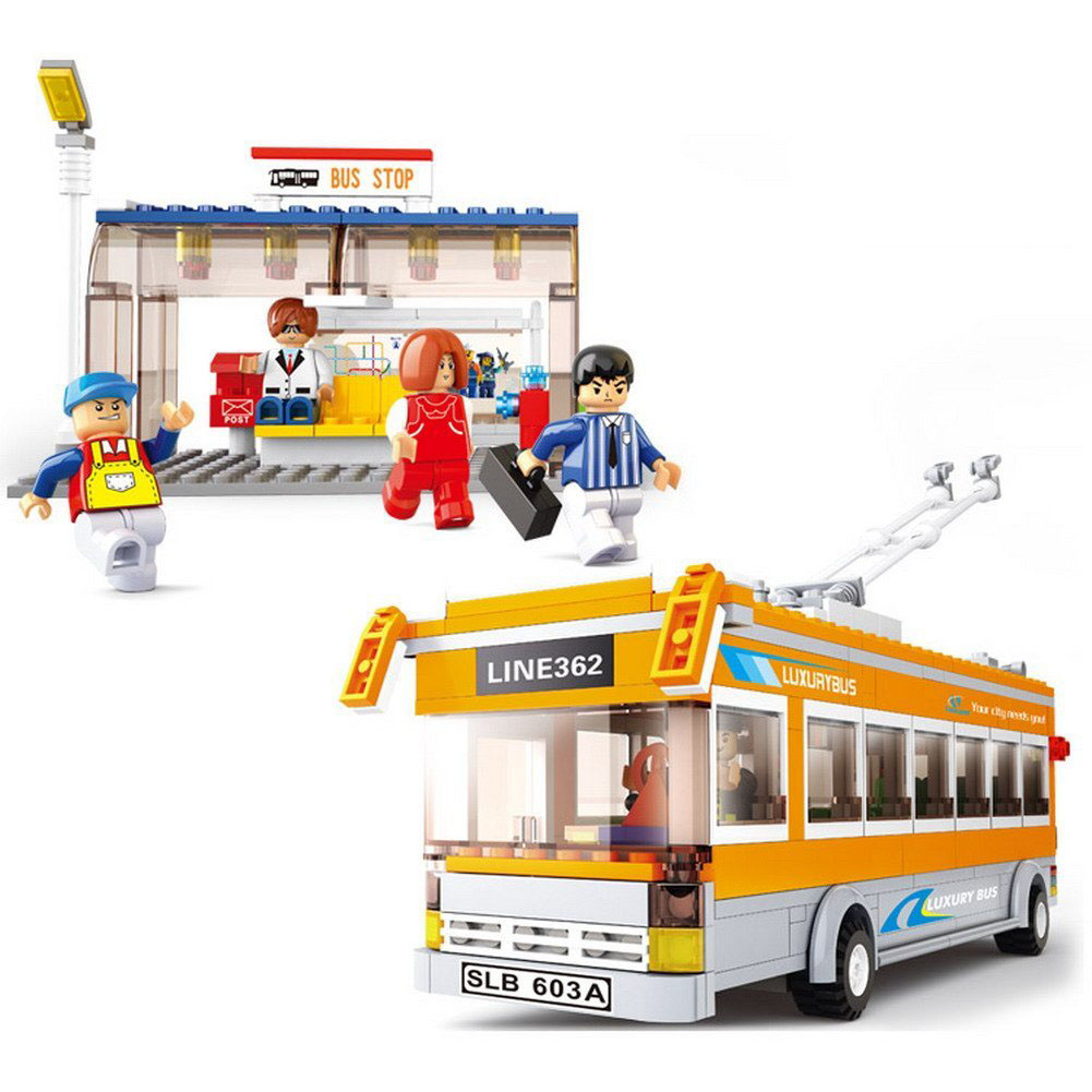 465pcs Building Block City Luxury Tram Bus Bus Stop Model 5dolls DIY Creative Bricks Toys for Children Educational toy Gift new lepin 16008 cinderella princess castle city model building block kid educational toys for children gift compatible 71040