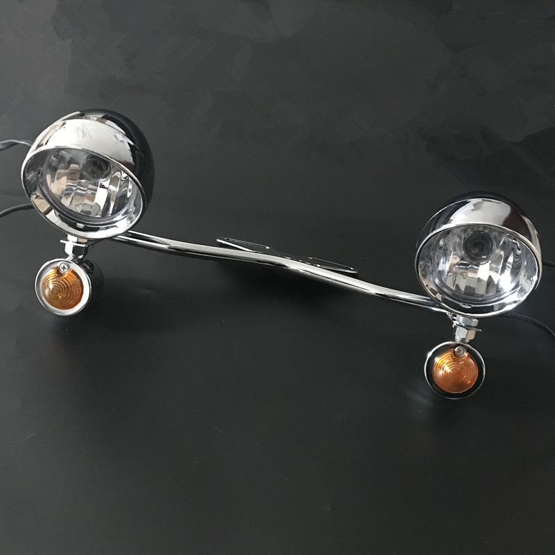 Chrome Bullet Amber Spotlight Turn Signal Light Bar For Honda VT VTX Shadow Yamaha Road V Star Suzuki Kawasaki VN Harley Softail
