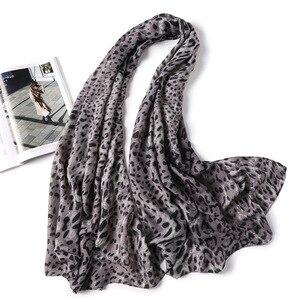 Image 3 - 2019 kobiet szalik wełna zima ciepły szal mody Patchwork chustka kobiety zagesccie wełniane szale luksusowe Big Pashmina bawełna leopard