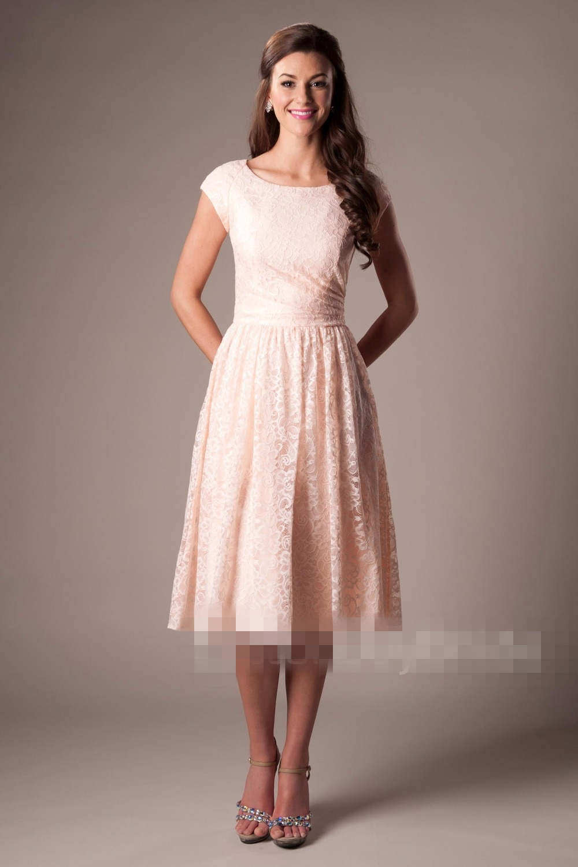 Vintage Coral Lace Short Modest   Bridesmaid     Dresses   With Cap Sleeves Scoop A-line Vintage Wedding Guests   Dresses   Informal CUSTOM