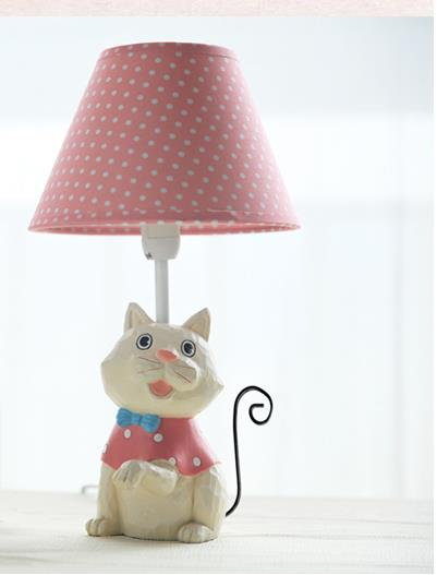 Table lamp Iron cat Cartoon table lamp bedside reading lamp fashion children table lamp bedroom birthday gift home decoration the cat s table
