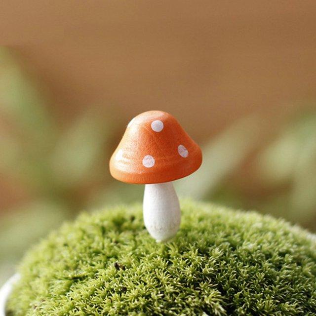 3 PCS Mini Mushroom Figurine For Garden Decorations Micro Garden Decorations  Doll Wooden Mushroom Design Landscape