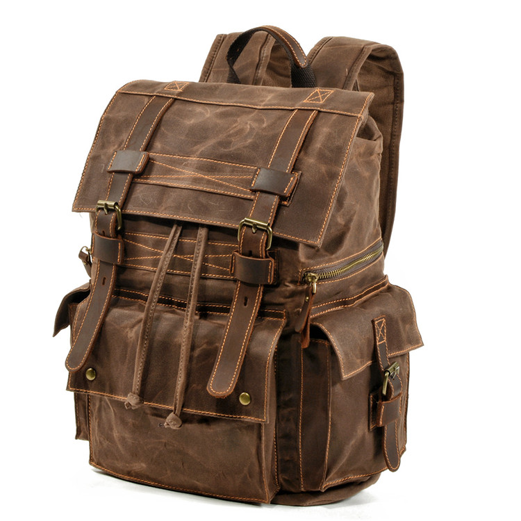 picture of the tallinn vintage rucksack made of waxed canvas and crazy horse leather from eiken shop