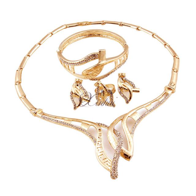 Boda de lujo Aretes Collar Nupcial Conjunto Con Perla y Cristal Plateado Plata de la Joyería de Los Granos Africanos Set