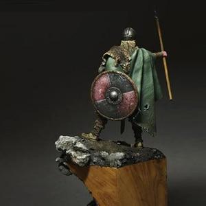 Image 3 - Kit de resina Viking Spearman, figura GK, temas históricos y humanísticos, guerra antigua sin recubrimiento, sin color, 1/24