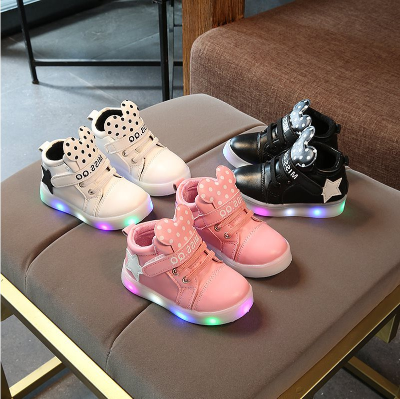 Autumn Children's Casual Shining Stars Soft Shoes Girls LED Luminous Sports Shoes Children's Cartoon Boots EU21-30