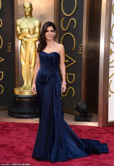 2017 Oscars Strapless Da Sereia Vestido de Noite Sandra Bullock Oscars Celebridade Do Tapete Vermelho Vestido de Cetim Azul Royal