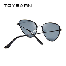 TOYEARN Vintage Sexy Ladies Cat Eye Sunglasses Women Fashion Clear Red Eyewear Metal Frame Sun Glasses For Female UV400