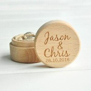 شخصية ريفي الزفاف الخشب حلقة حامل الصندوق مخصص أسماء وتاريخ الزفاف خاتم حاملها مربع
