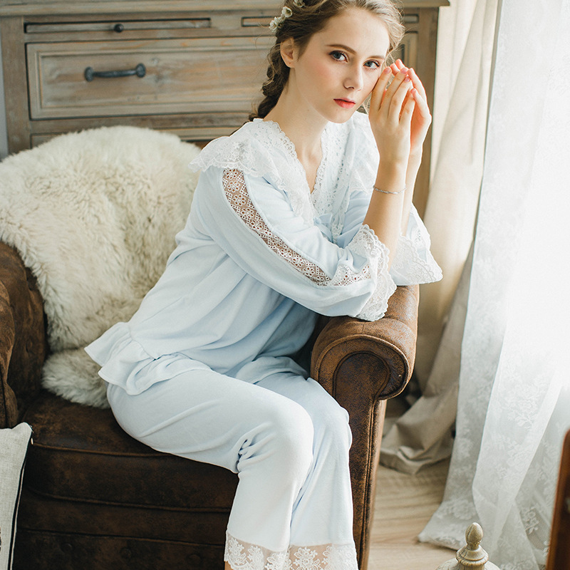 New Autumn and Winter Women Princess Coral Fleece Lace   Pajamas     Set   Lady Pyjimas Sleepwear European Retro Style QW1706
