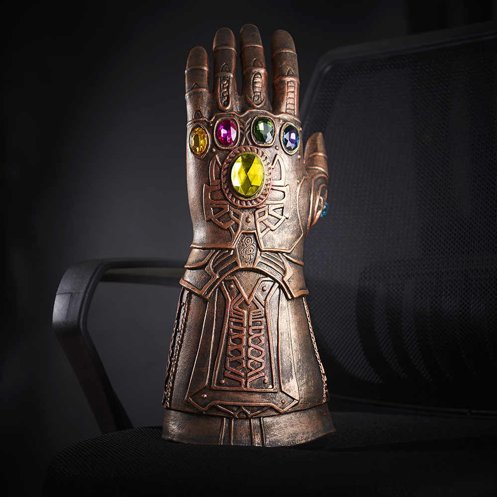 1 pcs Novos Vingadores Thanos 3 Infinito Guerra Cosplay Luvas De Látex Mão Armadura Gauntlet Dedos Móveis Adereços Cosplay Halloween Em venda