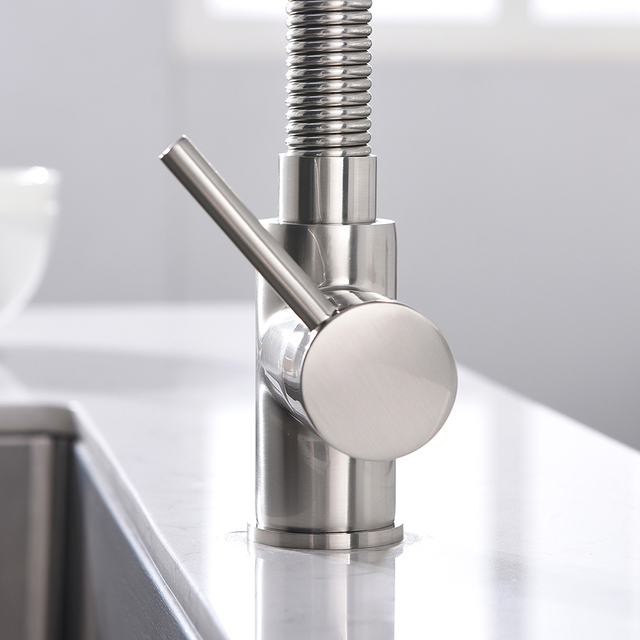 Brushed nickel extendable Kitchen Faucet
