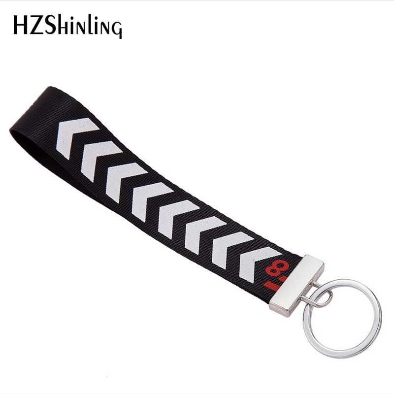 Nouvelle mode arrivée broderie bracelet clé Fob noir et blanc rayures ruban porte-clés sac de voiture artisanat porte-clés ornement