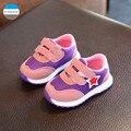 2017 novos meninos e meninas do bebê shoes 1 a 3 anos idade das crianças esportes casual shoes da criança recém-nascidos shoes moda caçoa as sapatilhas