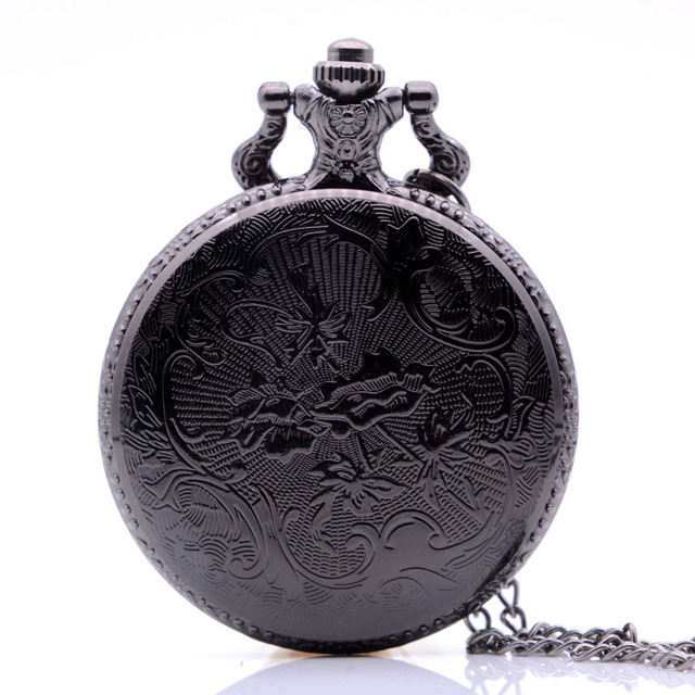 Vintage Antique Winter is coming Winterfell:House Starks Family Quartz Pocket Watch Necklace Men Black Bronze Regarder Gift