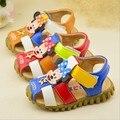 VENDA PARA A LIMPEZA! meninos sandália de couro shoes para o verão dos desenhos animados das meninas do menino do bebê walker firdt material macio shoes tamanho 25