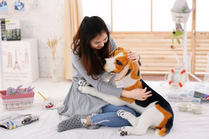 big lovely simulaiton stuff beagle dog toy lying beagle dog doll gift about 80cm 0550 big simulation lying dog toy polyethylene&furs shepherd dog model gift about 50x26cm 2937