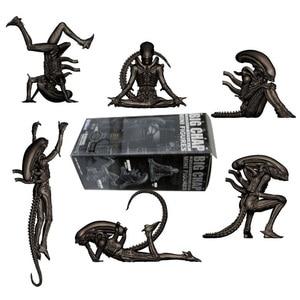 6 stks/set Alien Figuur Grote Chap Kotobukiya Alien Dagelijks Leven Hangen Squat Dagdroom Yoga Relax Headspin PVC Actiefiguren(China)
