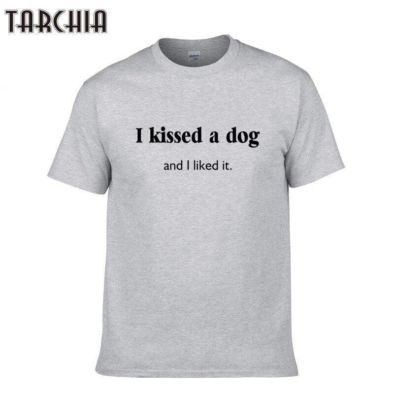 600b2f784bb75 Tarchia 2018 جديد وصول ط القبلات كلب أحببت بشكل القطن قمم المحملات الرجال قصيرة  الأكمام الصبي عارضة أوم شيرت t زائد مجانية مجانا