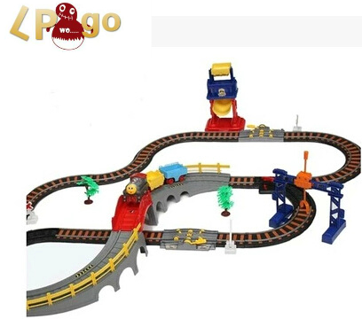 2016 Brinquedos Meninos train Railway three Container thomas Train Track ho model Electric Educational Toy scale Classic Train d418 thomas train track toy electric toy happy farm gift set eyes will move