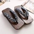 2016 Летний мужчина Сандалии уличной моды Японский Гета Деревянные Сабо Обувь Тапочки Косплей Мужские Bench Плоским Пятки Флип-Флоп Обуви