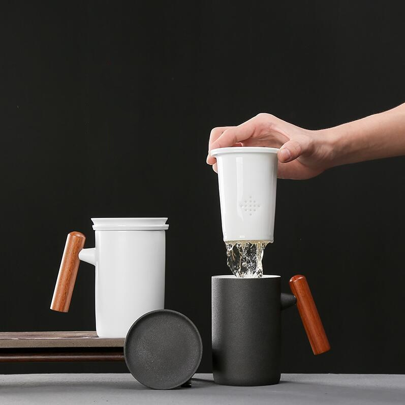 Creative grande capacité en céramique tasse de thé à thé en céramique filtre à revêtement tasse bureau à domicile avec couvercle en bois poignée personnalité tasse