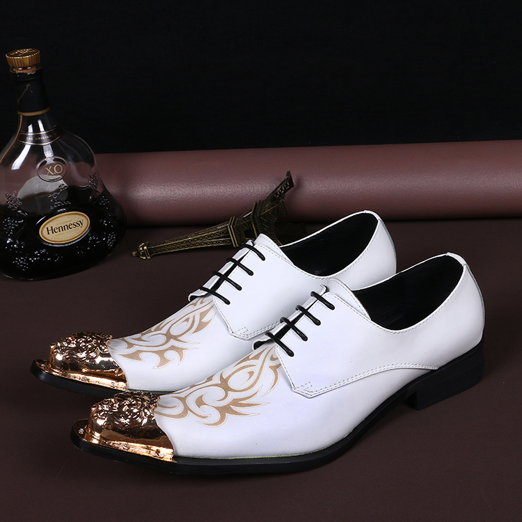 New Imitate Genuine Leather Men Oxford Shoes Pointed toes Lace-Up White Printed Totem Height Increasing Shoe 5cm Male Dress Shoe цена 2017
