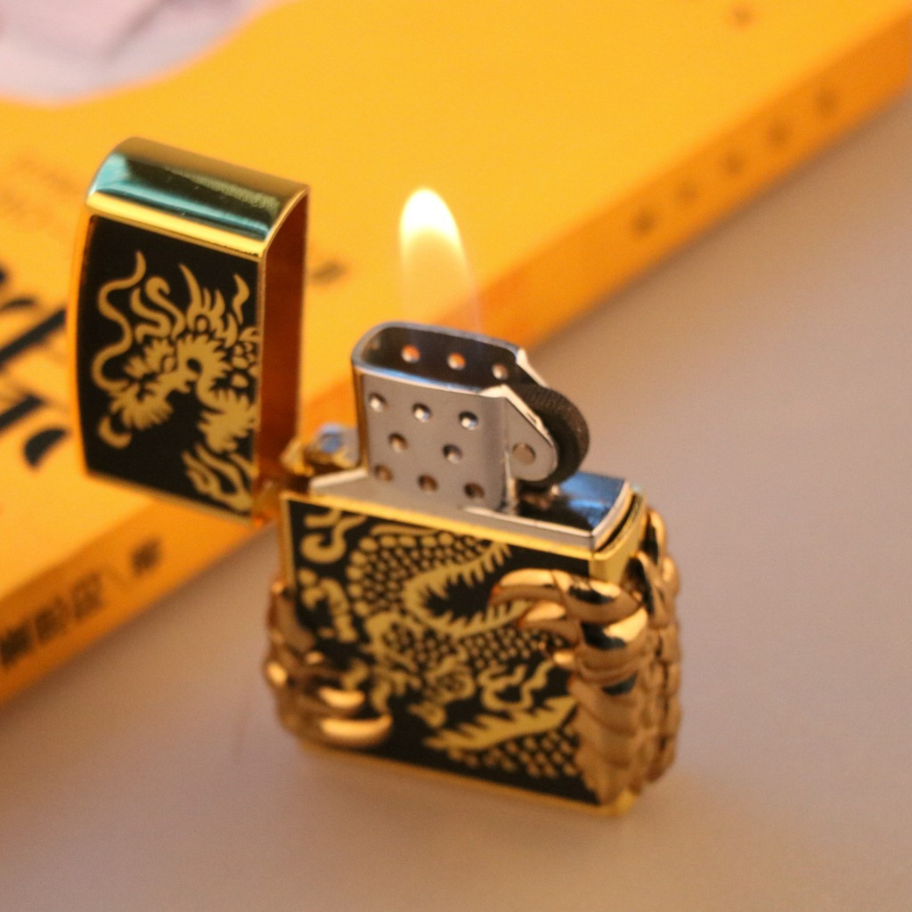 Individual Metal Creative Golden Dragon Claw Inflatable Lighter Talon Gas Lighter Cigarette Retro Cigar Pure Cigarette Lighter in Matches from Home Garden