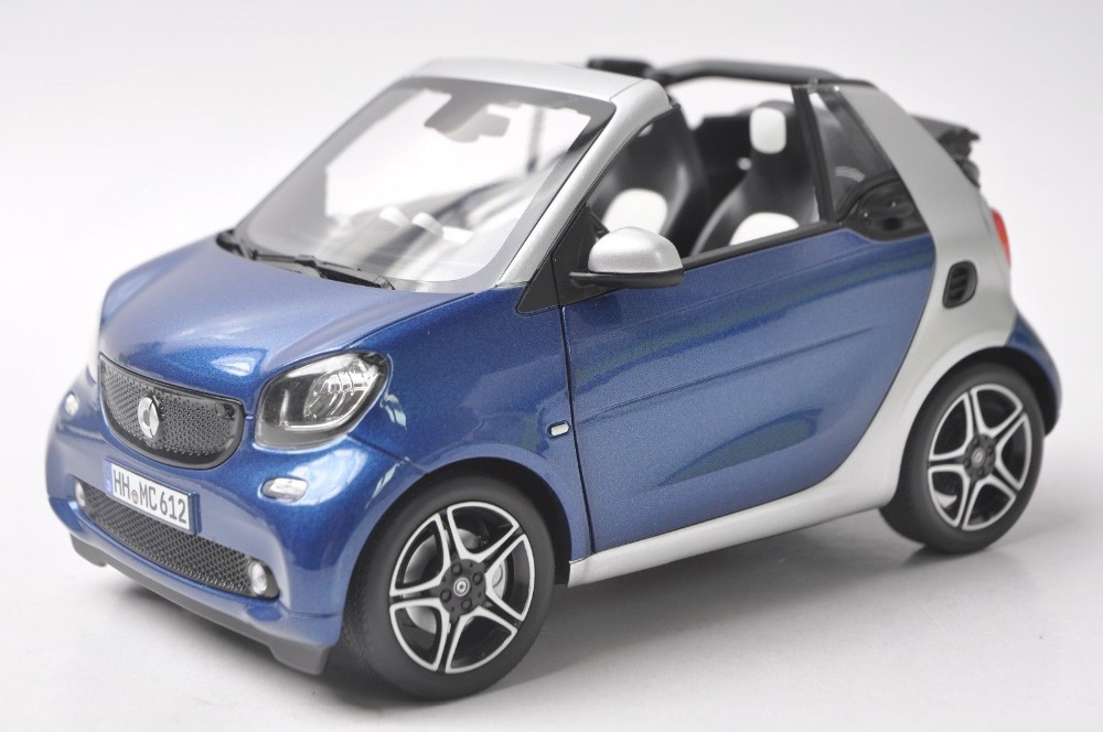 1:18 Diecast Model for Smart Fortwo Cabrio Blue/White Alloy Toy Car Minicar