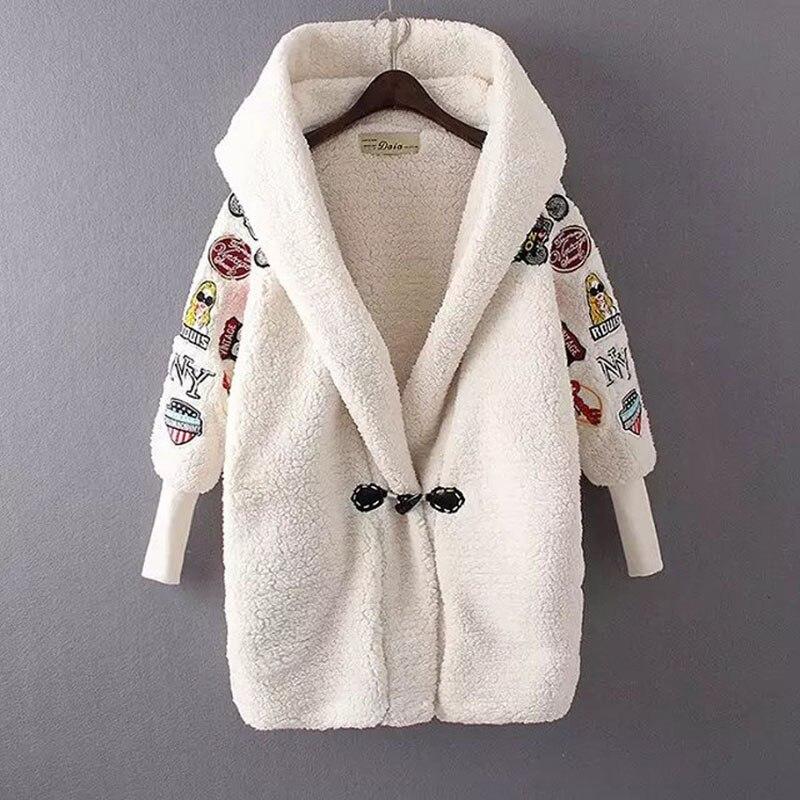 Six sens 2017 automne et hiver nouvelle mode femmes conception laine vestes Cardigan à capuche chauve-souris à manches longues lâche manteau LM1124