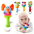 Bebé regalo de la promoción caliente 15 diseños soft toys modelo animal handbells sonajeros zoo me squeeze sonajero bebé juguetes educativos
