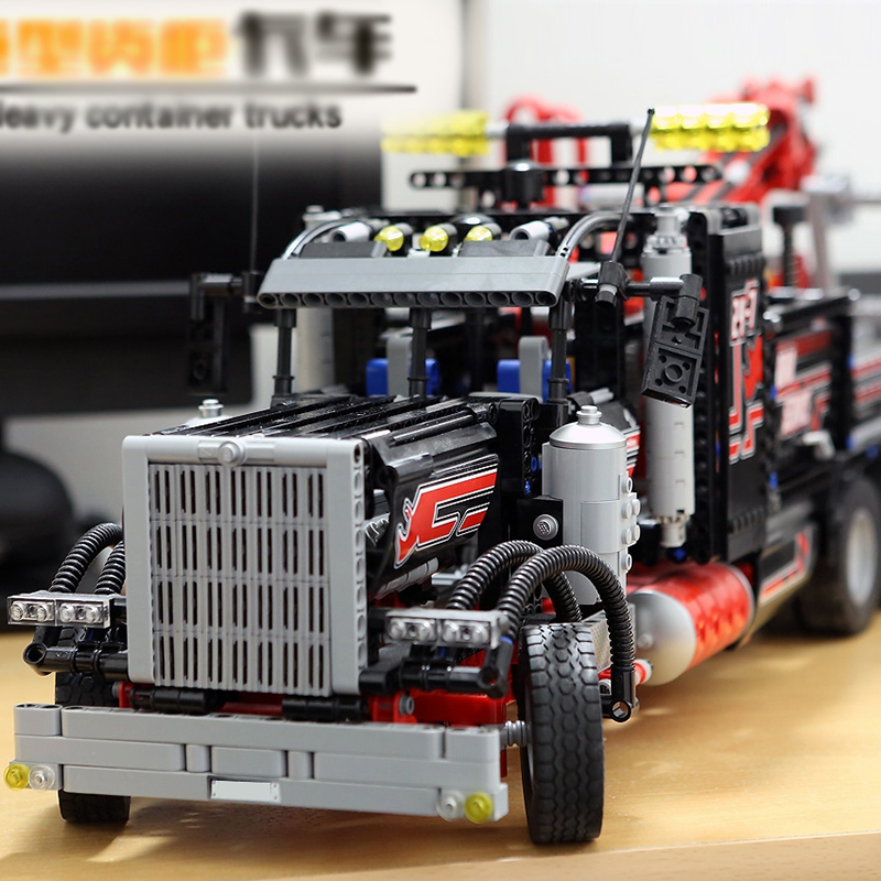 LegoINGlys 8285 1877pcs technic series The American heavy container trucks Model Building blocks Bricks Compatible lepinang DHL