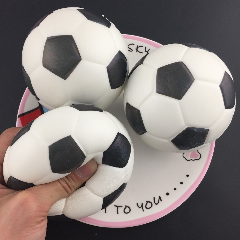 10cm Big Squishy Slow Rising Cute Football Squishy Jumbo Toys Squeeze Kawaii Squishies Lanyard For Keys Squishy Cake