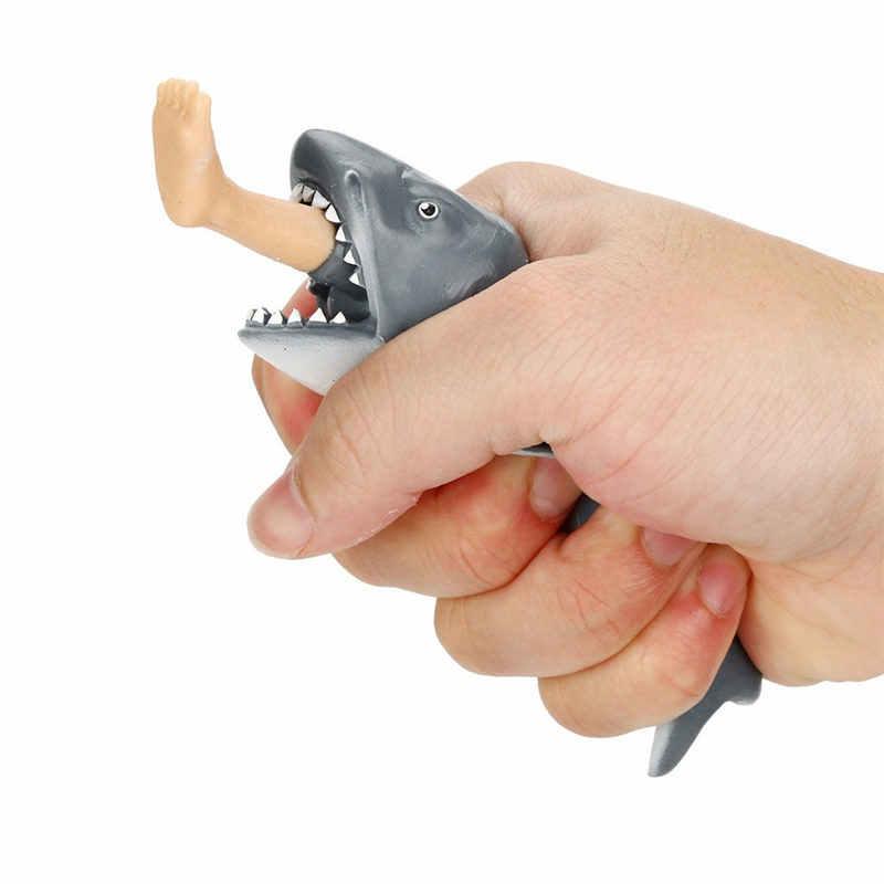Plastikowe kreatywne antystresowe zabawki do ściskania głodny rekin z wyskakującym surferem noga zabawka Stress Relief Funny parodia Trick Gift