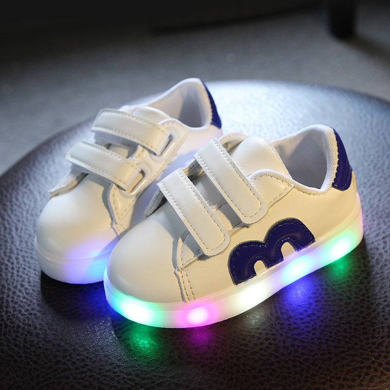 176908e2036 2018 European solid color colorful lighting up sneakers girls boys high  quality baby kids shoes M sports children casual shoes-in Sneakers from  Mother ...