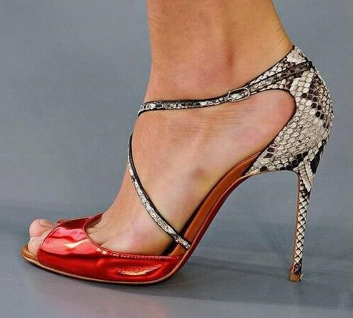Summer New Brand Woman Red Patent Leather Snake Skin Python Patchwork Buckle Strap Peep Toe Thin Heels Party High Heel Sandals