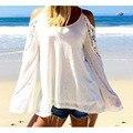 Euroupean da Primavera Verão 2017 nova Mulheres Blusas Fora Do Ombro Solto Sexy Lace Blusa Blusas de Manga Comprida Moda Praia Plus Size