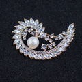 Luxury Plant Style Cubic Zirconia Brooches for Women Freshwater Pearl Jewelry Rhinestone Brooch Pin Women Ornament