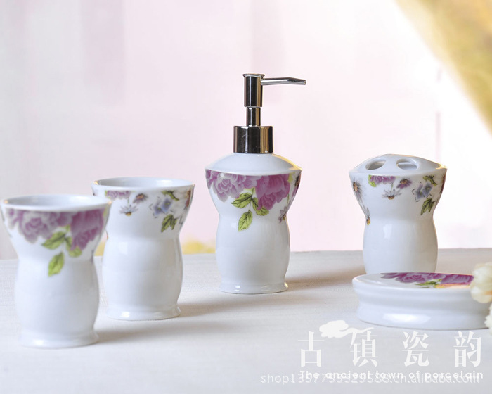 5 pièces ensemble de salle de bain en céramique de style pivoine européenne porte-brosse à dents, tasse de lavage ménager, porte-savon, bouteille de lotion