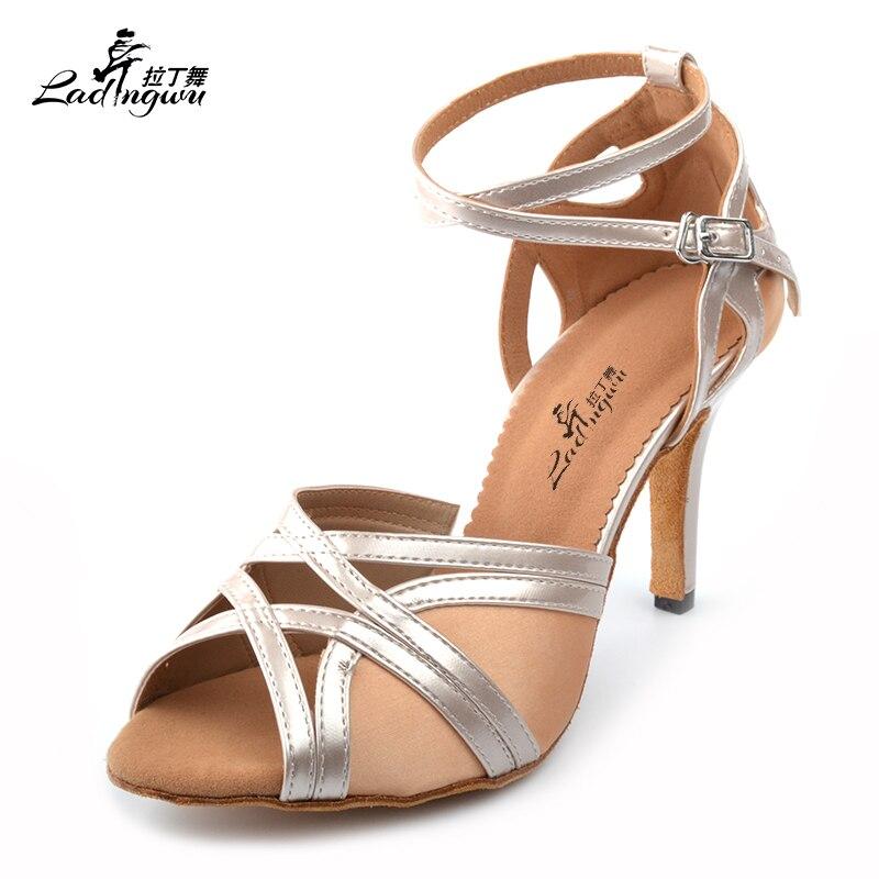 Ladingwu Nova Cetim e PU Design Confortável das Mulheres Ballroom Dança da Salsa Sapatos de Dança Latina Sapatos Fundo Macio Cor de Damasco