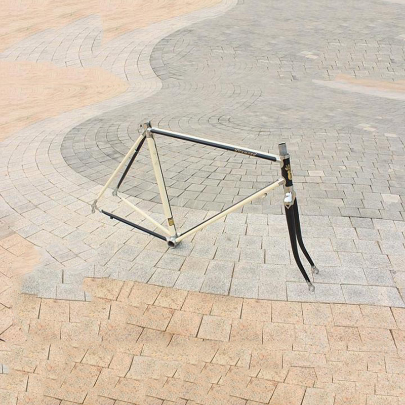 Chrome molybdenum steel road Bike frame DIY  frame fixie bike frame 700 C   Reynolds 525 tube  48 cm 50 cm 52 cm 54 cm 56cm reynolds 525 frame retro bike frame road bike city bike frame fork can be customized copper welding frame