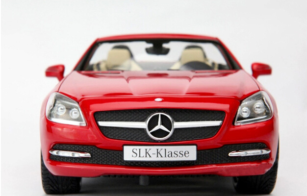 Minichamps 1:18 of the German high performance SLK-CLASS roadster collection grade alloy model car