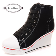 Gratis frakt 2016 Badge Wedges High Lacing Casual Hissskor Kvinnliga Canvas Shoes High Top Wedge Boots Kvinnor Casual Shoes