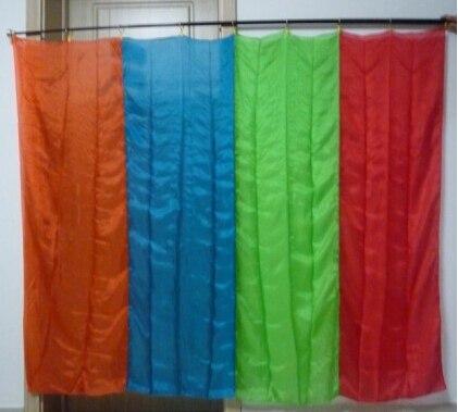 Arc-en-ciel soie Production (1.75 m * 1.4 m) carré multicolore drapeau tours de Magie apparaissant drapeau Magie scène Illusions accessoires de Gimmick