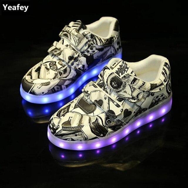 d2640492 Yeafey chłopiec trampki dla dzieci dziewczyny buty Led świecące buty dla  dzieci z światła Graffiti Krasovki
