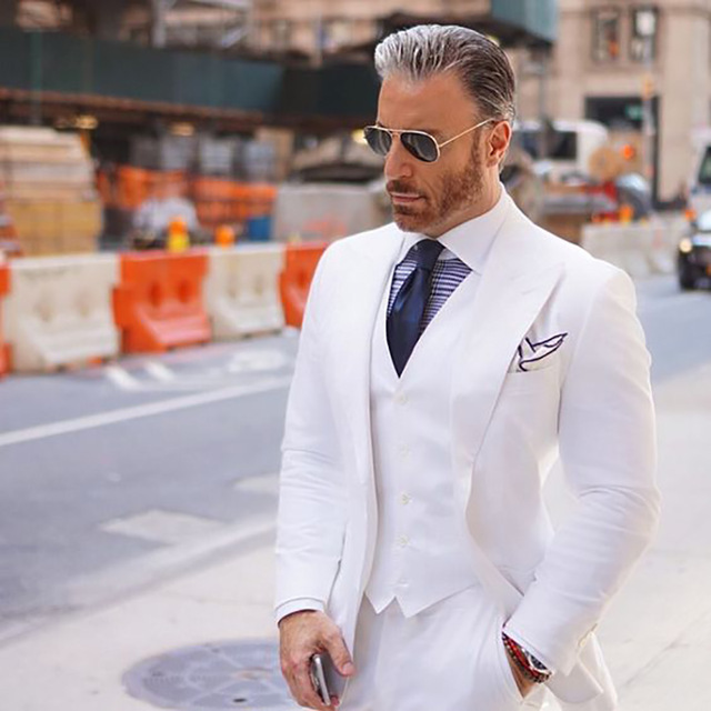 Custom Made White Suit Slim Fit Wedding Suits for Men Suits Best Man Blazers 3 Pieces jacket Pants Vest Wide Peaked Lapel Ternos