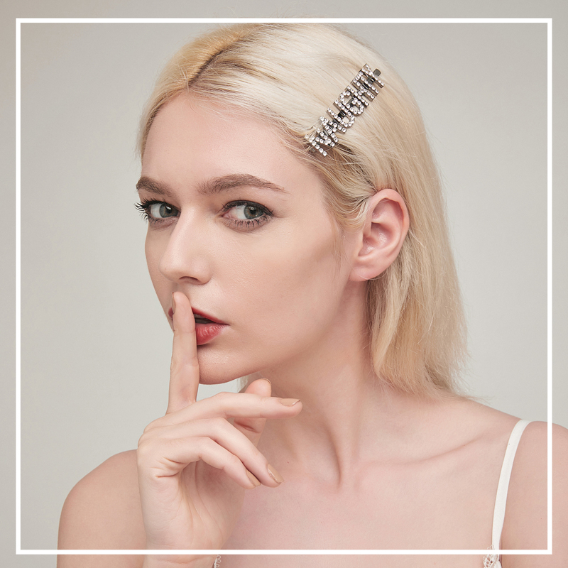 New Fashion Design Crystal Letter Girl Hair Clips Personalized Word Wedding Bridal Letters Hair Accessories and Jewelry in Hair Jewelry from Jewelry Accessories