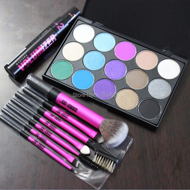 New 3Pcs Makeup Gift Set Eyeshadow Cream Eye Shadow Palette Brush Kit